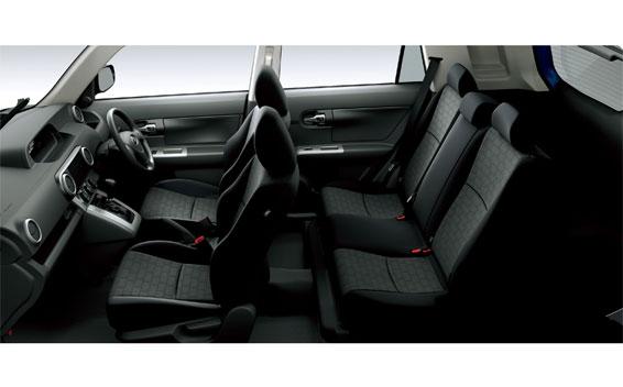 Toyota Corolla Rumion 6