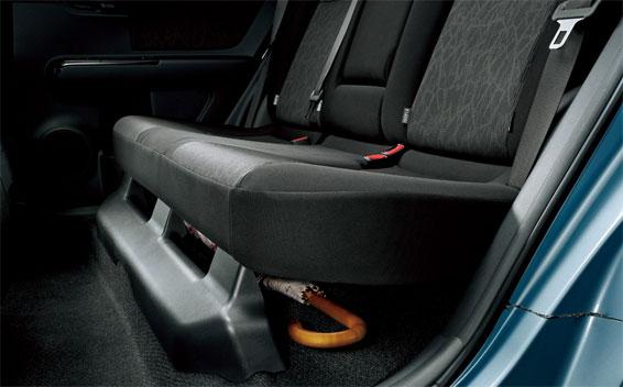 Toyota Corolla Rumion 9