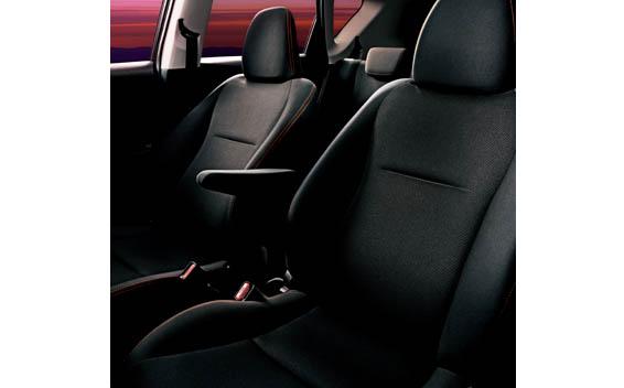 Toyota Ractis 7