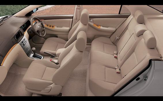 Toyota Corolla Sedan 5