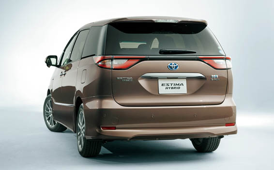 Toyota Estima Hybrid 3