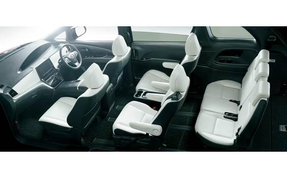 Toyota Estima Hybrid 8