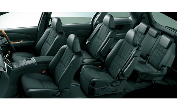 Toyota Estima Hybrid 10