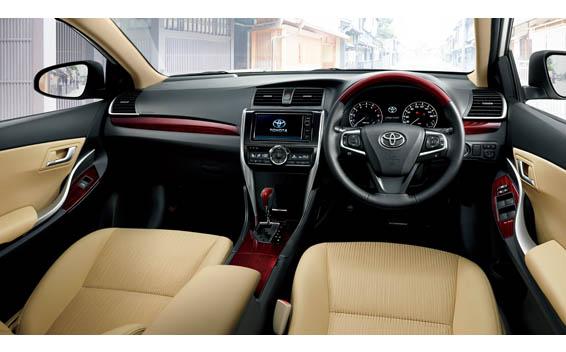 Toyota Premio 5