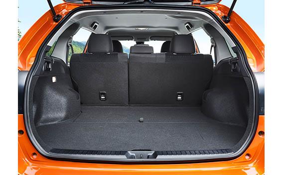 Toyota Corolla Fielder 9
