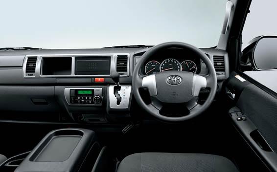 Toyota Hiace Wagon 3
