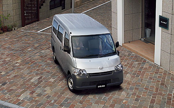 Toyota Liteace Van 2