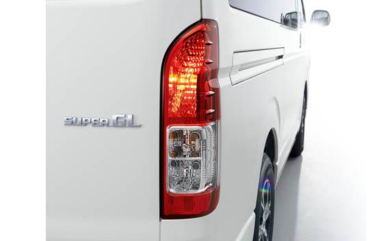 Toyota Hiace Van 9