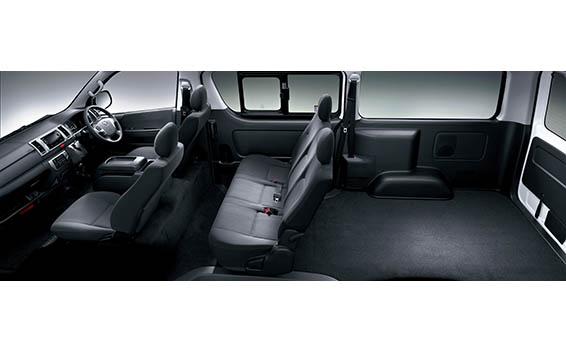 Toyota Hiace Van 11