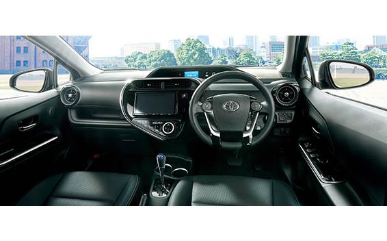Toyota AQUA 3