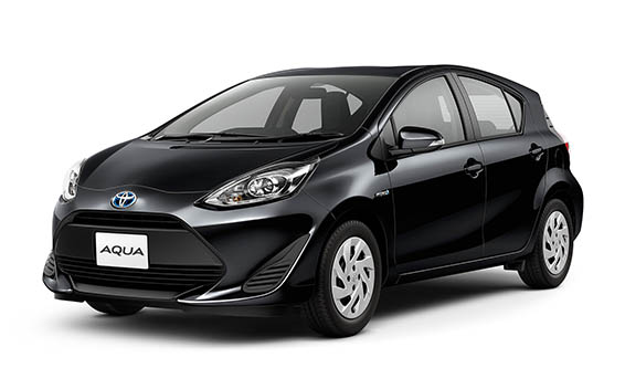 Toyota AQUA 11