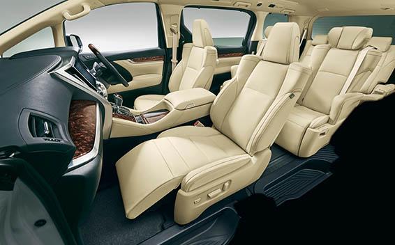 Toyota Alphard G 9