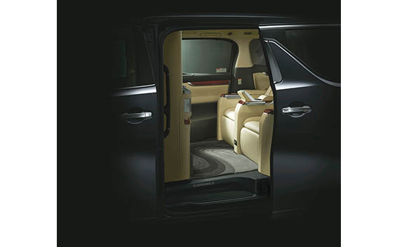 Toyota Alphard G 42