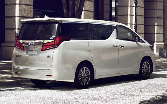 Toyota Alphard Hybrid 2