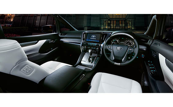 Toyota Alphard Hybrid 14