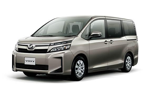 Toyota Voxy 1