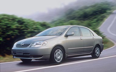 Toyota Corolla Sedan G LIMITED NAVI EDITION AT 1.5 (2000)