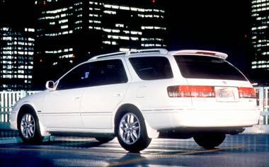 Toyota Mark II Qualis 2