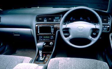 Toyota Cresta 3