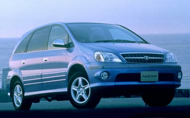 Toyota Nadia SPECIAL EDITION2 NAVI VERSION 4WD AT 2.0 (1999)
