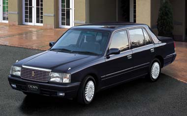 Toyota Crown Sedan SUPER DELUX G PACKAGE AT (2001)