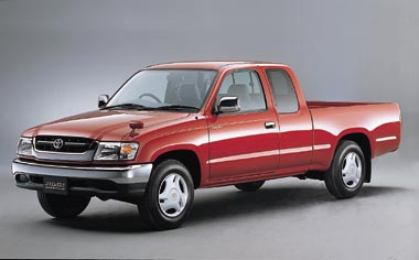 Toyota Hilux Sports Pickup EXTRA CAB WIDE BODY 4WD AT 2.7 (2001)