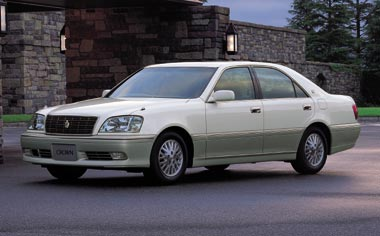 Toyota Crown Royal Series ROYAL SALOON PREMIUM AT 3.0MILD HYBRID (2001)