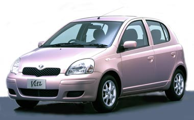 Toyota Vitz F L PACKAGE 4WD 5DOOR MT 1.3 (2001)
