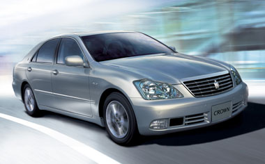 Toyota Crown Royal Series ROYAL SALOON I FOUR S PACKAGE 4WD AT 3.0 (2003)