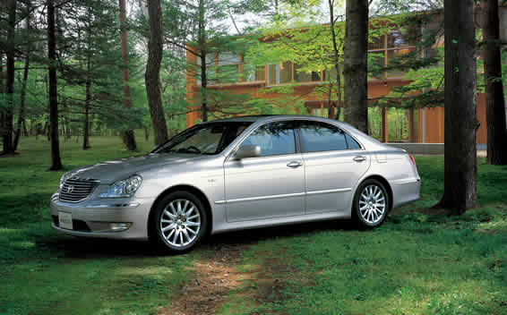 Toyota Crown Majesta A TYPE AT 4.3 (2004)