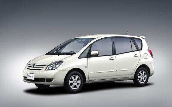 Toyota Corolla Spacio 1