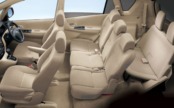 Toyota Corolla Spacio 3