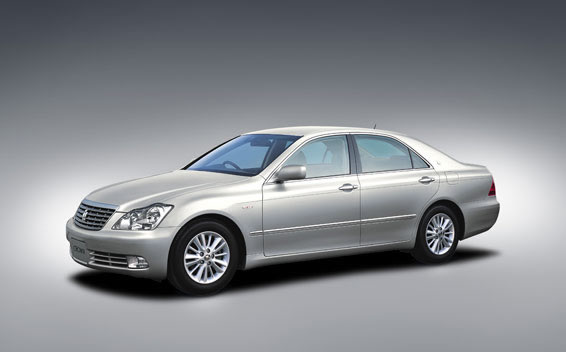 Toyota Crown Royal Series ROYAL SALOON AT 2.5 (2005)