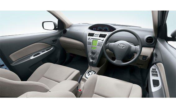Toyota Belta 3