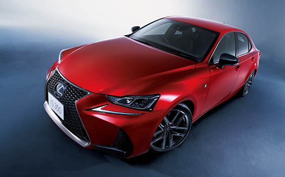 Lexus IS 18