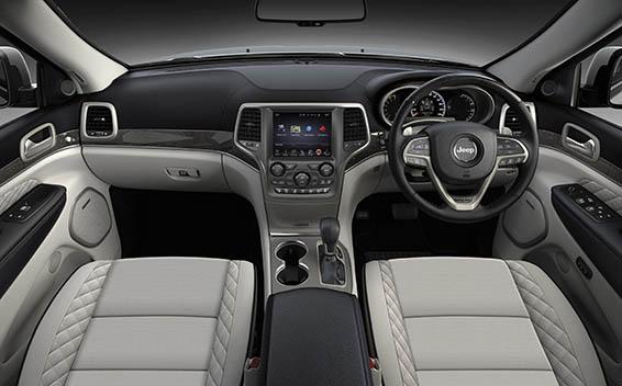 Chrysler Grand Cherokee 16