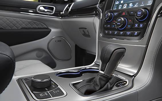 Chrysler Grand Cherokee 18