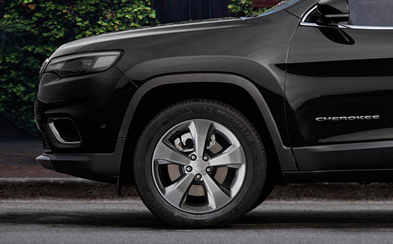 Chrysler Cherokee 17