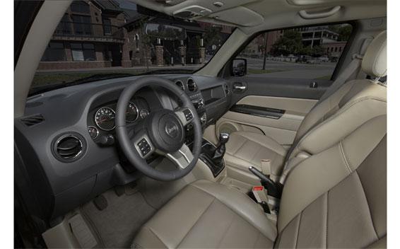 Chrysler Patriot 2