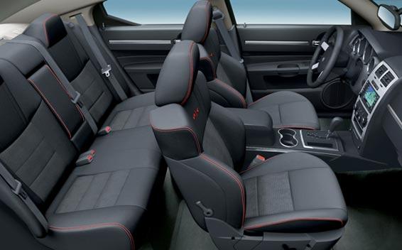 Chrysler Charger 4