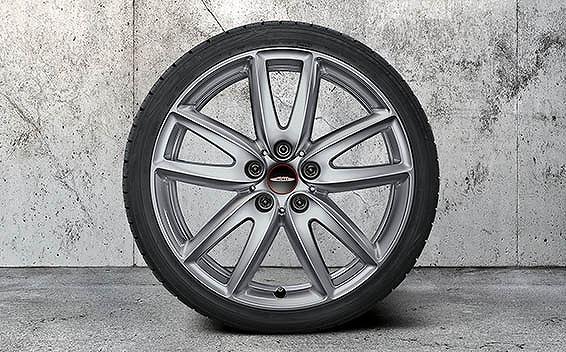 BMW MINI Clubman 28