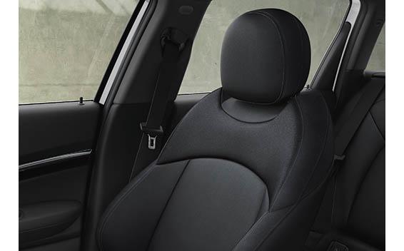 BMW MINI Clubman 38