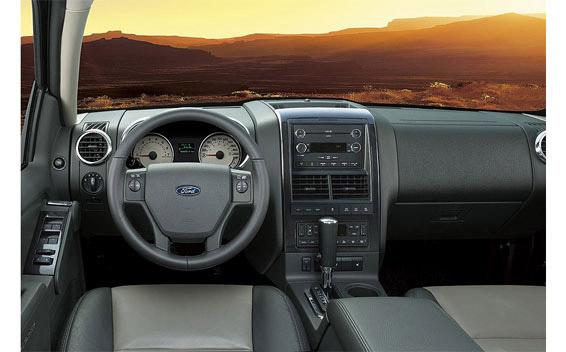 Ford Explorer Sport Trac 3