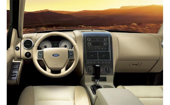 Ford Explorer Sport Trac 4