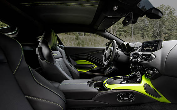 Aston Martin V8 Vantage 14