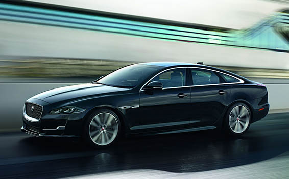Jaguar XJ Series R SPORT RHD AT 3.0 (2016)