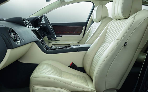 Jaguar XJ Series 13