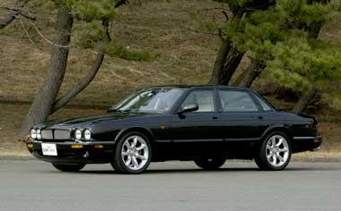 Jaguar XJ Series DAIMLER SUPER V8 RHD (2001)