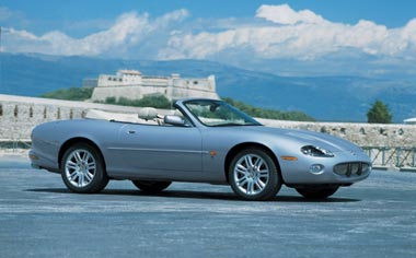 Jaguar XK Series XKR COUPE RHD AT 4.2 (2002)