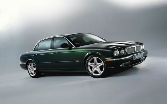 Jaguar XJ Series XJR RHD AT 4.2 (2004)